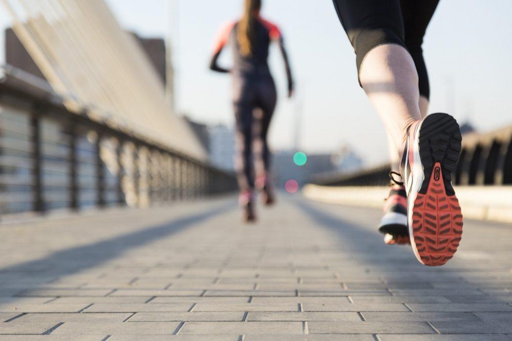 kobieta biega - sport